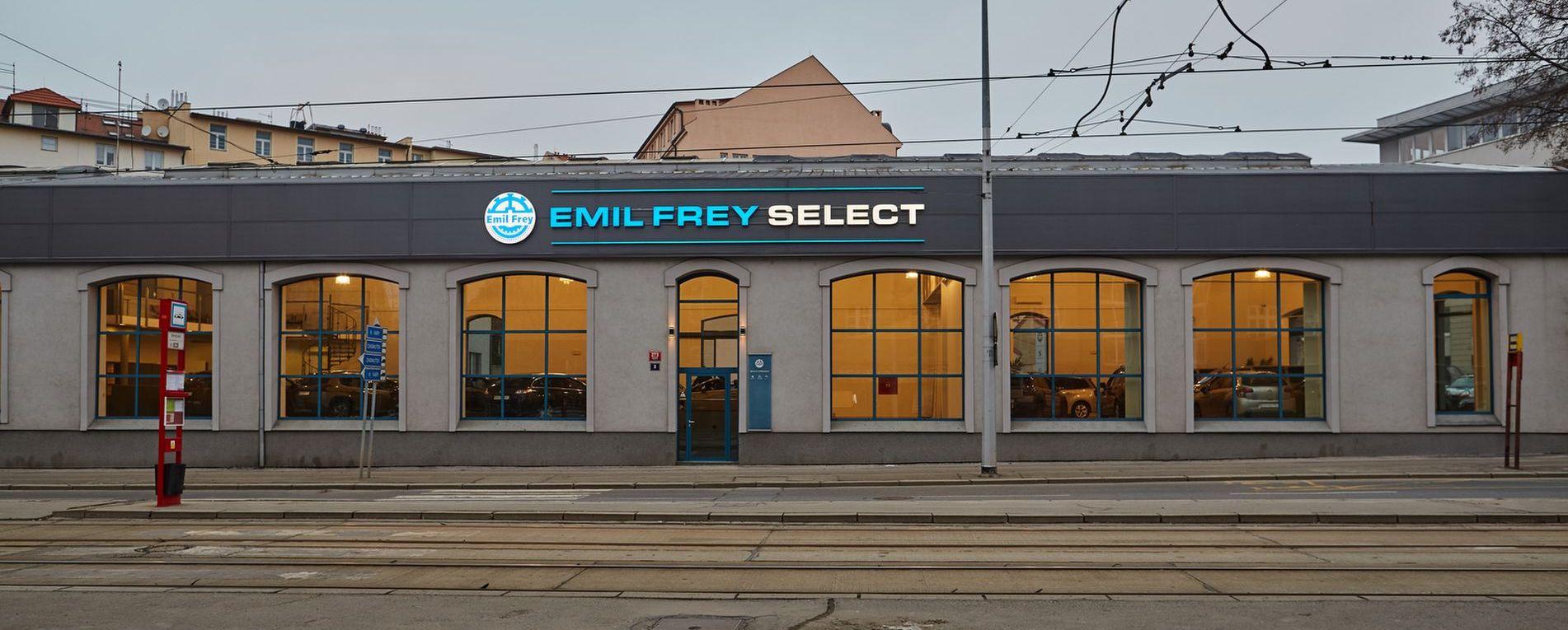 72a34809622 Emil Frey Select - Autokabelka ze sekáče